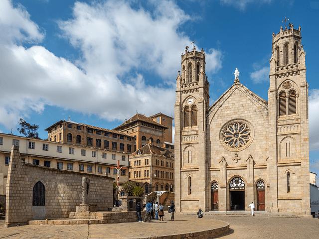 Katedrála Andohalo v Antananarivo, Madagaskar